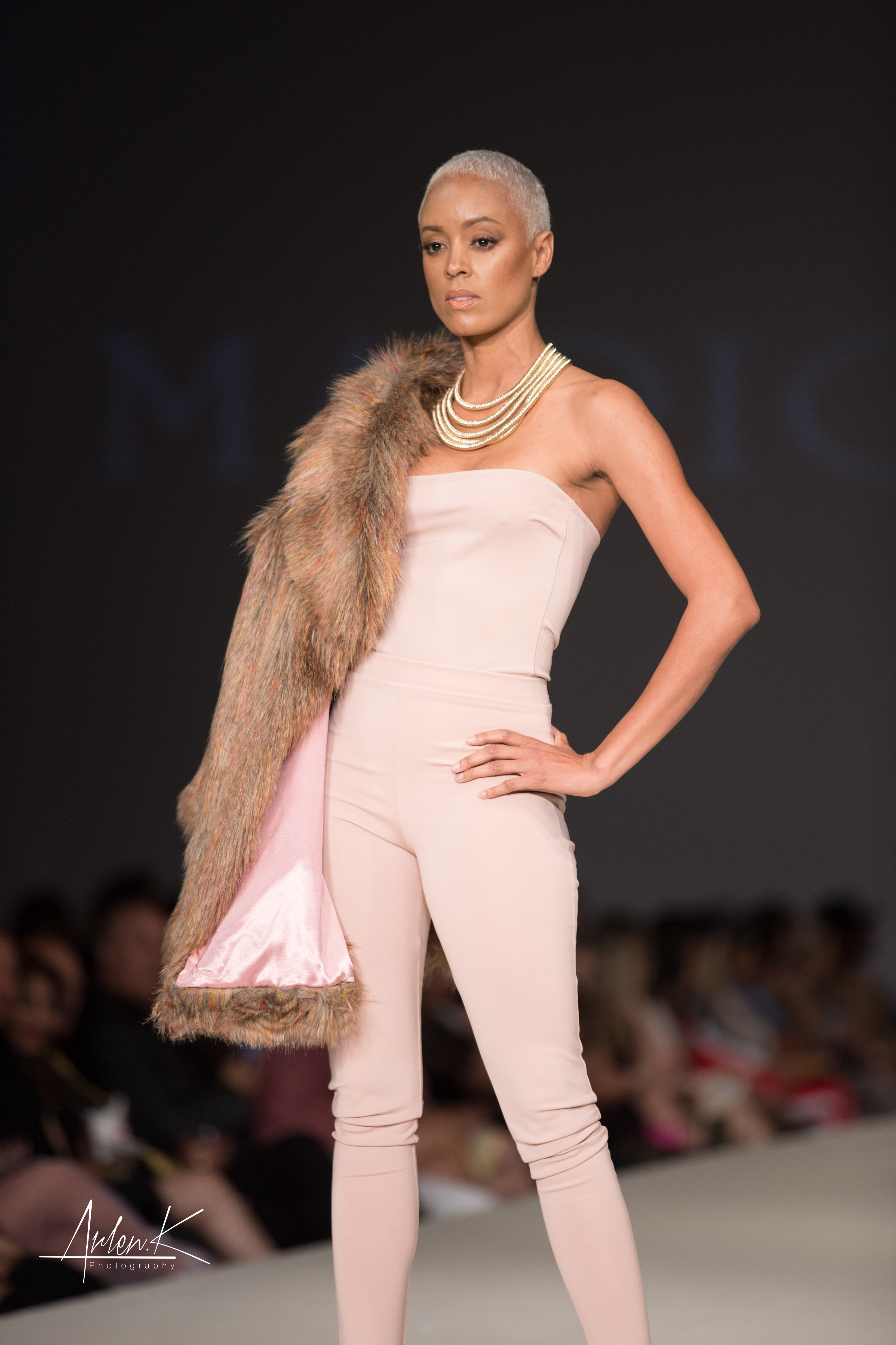 Hot Designer Mario De La Torre Excites At Style Fashion Week Palm Springs Cie Fashion Magazine